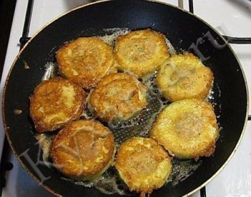 Кабачок с мясом на сковороде рецепт