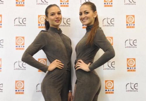 Требуются девушки на работу на выставках работа по веб камере моделью в кадников