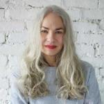 Как стать моделью в 60 лет. Джеки О'Шонесси, которая удачно сходила в ресторан.
