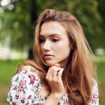 Скромная фотопрогулка с великолепной моделью Лерой от модельного агентства Real Beauty https://vk.com/realbeautyma.