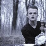 Илья Ермаков, 10 Г. Очень позитивный парень, хороший друг. Мечтает стать моделью.