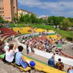 Праздничные мероприятия в орле в день победы в городском парке культуры и отдыха.