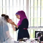 Мелиха Кустович - визажист в хиджабе, зарекомендовавшая себя в мире высокой моды.