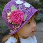 Мы вяжем чудесные летние шляпки - панамки для девочек.