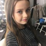 """Вчера у Дианы состоялась новая съёмка для бренда дизайнерских нарядов """"Dannadress""""."""