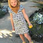 Солнечная красавица и модель Андреа София санчез представляет новую весенне - летнюю коллекцию от Livie & Luca ( Калифорния, США).