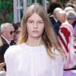 Сказка о золушке: 14-летняя дочь репатриантов из бывшего Ссср стала лицом Christian Diorобновление: 12 июля 2015 г.