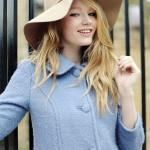 Британская модель Холли-Мэй Сэйкер начала свою карьеру пару лет назад.