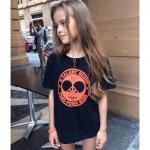 """Кристина в майке агентства B-Talent Scout, каждый год, на летнюю выставку детской моды Pitti Immagine bimbo модельное агентство """"B - Talent scout"""" выдает милые майки для участников этого агентства."""